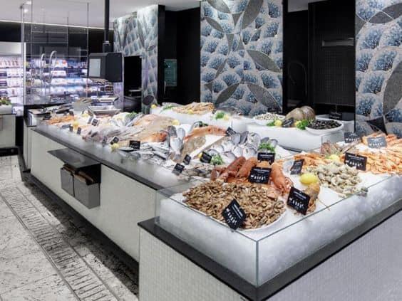 quầy lạnh cá trưng bày siêu thị