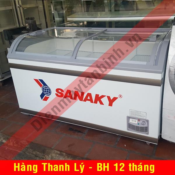 Tủ đông cũ trưng bày kem Sanaky kính cong